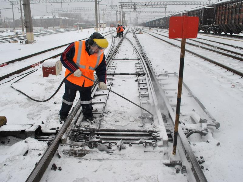 Пневмоочистка железной дороги